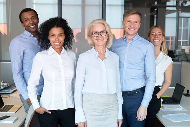 Quality HR staff mentoring business consultants