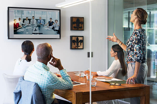 hr consulting and outsourcing board of directors in office discussin solutions in teleconference